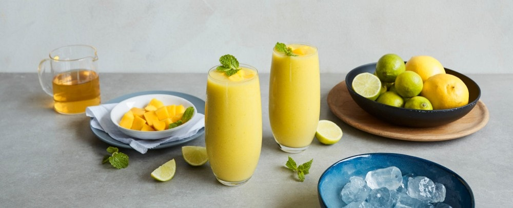 Juicy Mango Matcha Smoothie