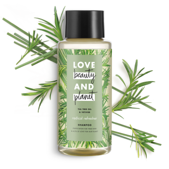 Frente del paquete del Love Beauty Planet Tea Tree Oil & Vetiver Shampoo Radical Refresher 13.5 oz