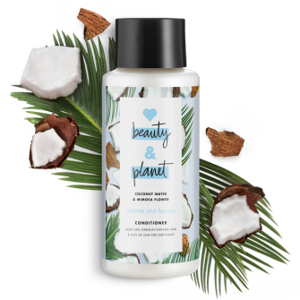 Frente del paquete del Love Beauty Planet Coconut Water & Mimosa Flower Conditioner Volume & Bounty 13.5 oz