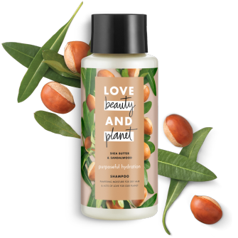 Frente del paquete del Love Beauty Planet Shea Butter & Sandalwood Shampoo Purposeful Hydration 13.5 oz
