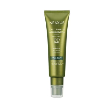 Front of treatment pack Nexxus city shield hair crème for all hair types 57.2ml