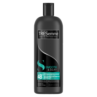 A 828 ml bottle of Smooth & Silky Shampoo front of pack image