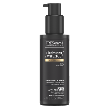 A 142 ml bottle of Between Washes Smooth Renew Anti-Frizz front of pack image